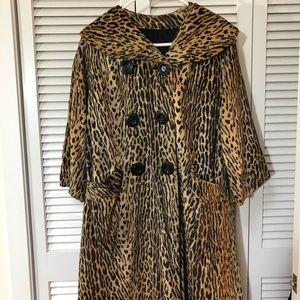 Jackets & Blazers - Vintage Leopard Print Coat Fully Lined